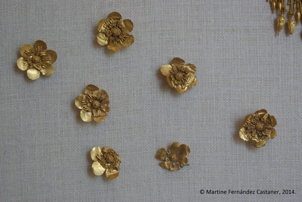 Joyas griegas de los años 330-300 a. C. Fotografía de Martine Fernández